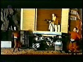 強盗2人とFBIエージェント
